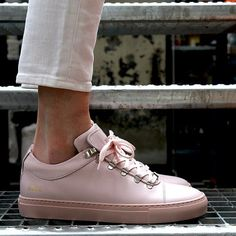 29a6622c2b4a 10 Best TOP BRAND SALES BALENCIAGA SNEAKERS WOMENS 2018 images ...