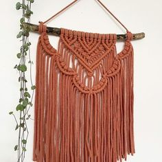 This one off piece is now available to buy through my Etsy store 🧡 Macrame Wall Hanging Patterns, Macrame Art, Macrame Design, Macrame Projects, Macrame Knots, Macrame Patterns, Micro Macrame, Ideias Diy, Sisal