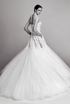 See all the Collection photos from Viktor & Rolf Autumn/Winter 2017 Bridal now on British Vogue Victor And Rolf, 2017 Bridal, Tulle Gown, Viktor Rolf, Wedding Looks, Playing Dress Up, Bridal Collection, Bridal Dresses, Beautiful Dresses