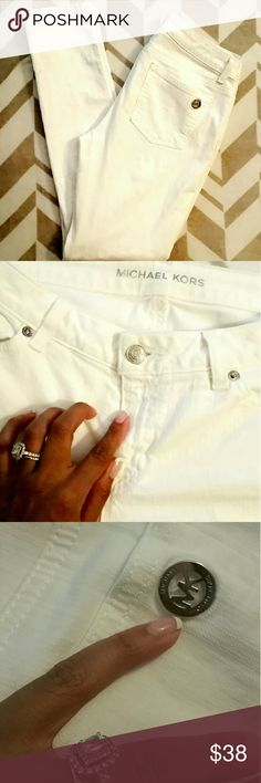 Michael Kors white jeans Michael Kors white jeans, authentic jeans, to big for me now but good condition, very small spot of front or jeans barely noticeable but shown in the last picture. Reflected in price. Bundle and save 10% Open to offers Michael Kors Jeans Skinny