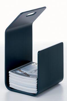 Un porte-revues design noir, Artek