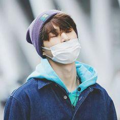 iKON / B.I / Bobby / Jinhwan / Yunhyeong / Donghyuk / Junhoe / Chanwoo
