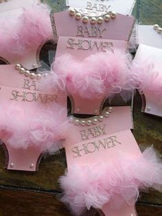 Invitaciones baby shower: fotos ideas - Invitación de baby shower de niña #babyshowerniña