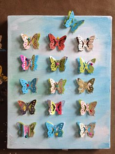A cute butterfly paper craft that's just right for spring!