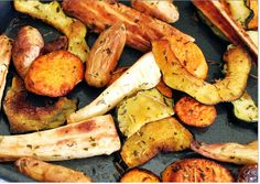 silvieon4: Tasty Tuesday: The Magic of Roasted veggies http://www.silvieon4.com/2014/10/tasty-tuesday-magic-of-roasted-veggies.html