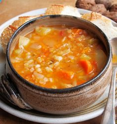 Meat-Free Scotch Broth (Low Calorie Diet) 146 cal per serving (serves Scotch Broth Recipes, Scotch Broth Soup, Low Calorie Recipes, Diet Recipes, Cooking Recipes, Healthy Recipes, Fall Recipes, Soup Recipes, Healthy Food