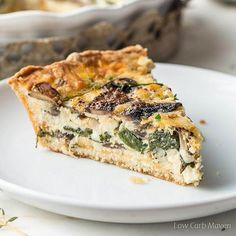 Spinach and Mushroom Quiche. A spinach and mushroom quiche packed with protein perfect for any low carb or keto diet. Use your favorite crust. Vegetarian Quiche, Low Carb Vegetarian Recipes, Vegetarian Breakfast, Keto Recipes, Cooking Recipes, Salad Recipes, Zucchini Quiche Recipes, Zucchini Pancakes