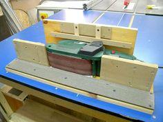 homemade tools Belt Sander - Edge Sanding Platform - by steliart @ ~ woodworking community Woodworking Power Tools, Carpentry Tools, Woodworking Workshop, Woodworking Jigs, Woodworking Projects, Welding Projects, Diy Wood Projects, Home Projects, Shop Layout