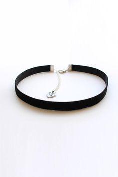 Black Chocker, Black Velvet Choker Necklace, Black Necklace, Beauty And The Beast Costume, Chokers, Choker Necklaces, Earrings, Neck Choker, Cute Jewelry