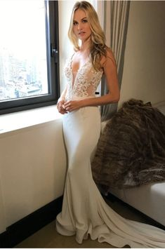 Sparkly Prom Dress, 2018 long princess mermaid v neck sleeveless lace sexy ivory wedding dresses , These 2020 prom dresses include everything from sophisticated long prom gowns to short party dresses for prom. Pallas Couture, Wedding Dresses 2018, Blue Bridesmaid Dresses, Bridal Dresses, Prom Dresses, Bridesmaids, 2017 Wedding, Wedding Ceremony, Vestidos Sexy