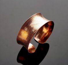 Galadryl Jewelry Design: New textured copper cuff - anticlastic