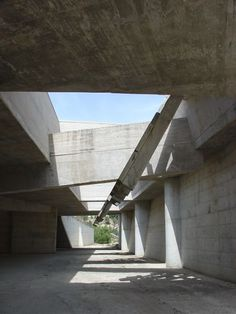 The concrete creates a feeling of being underground