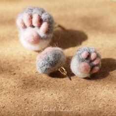 CATS' ISLAND 猫岛物语之卖萌猫爪爪羊毛毡耳钉
