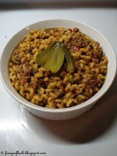 The Dutch Table: Macaroni (Dutch Macaroni) met boemboe kruiden gatverdamme wat vies!! Ik hoop dat het recept uit de jaren 60 inmiddels verloren is gegaan!