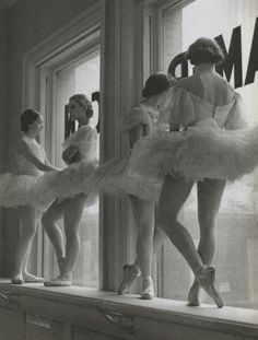 Intermission: The American Ballet, 1937 by Alfred Eisenstaedt