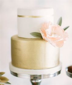 Woodland Wedding. Natural and Rustic. Wedding Cake.