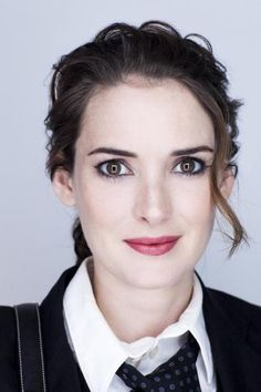 "SEPTEMBER 14 - ""BLACK SWAN"" PORTRAITS - 2010  - winona-ryder Photo"