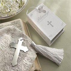Marcapáginas Cruz para regalar a los invitados a una comunion http://www.airedefiesta.com/product/7374/0/0/1/1/Marcapaginas-Cruz.htm