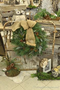 would look good hanging. change out the wreath with the different seasons - My creative garden decor list Antique Christmas, Primitive Christmas, Country Christmas, All Things Christmas, Christmas Time, Christmas Ideas, Christmas Booth, Xmas, Primitive Crafts