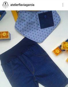 calça jeans e babador bandana