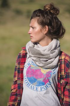 Get the Salcantay Infinity Scarf Kit from Knitscene Spring 2016 Scarf Patterns, Knitting Patterns, Infinity Scarf Knitting Pattern, Knitting Daily, Spring 2016, Womens Scarves, Plaid Scarf, Knits, Cowl