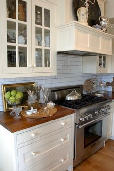 tiles Grey kitchen tile/grey grout/garrity cream buttery off-white by Mary Carol Aritisan paints Kitchen Redo, Kitchen Tiles, Kitchen Layout, Kitchen Styling, New Kitchen, Kitchen Dining, Kitchen Remodel, 1920s Kitchen, Kitchen Vignettes
