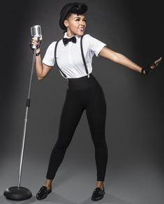 Janelle Monáe the cute and young R&B singer who describe herself as a 'time traveller' – MAIL KING ViV