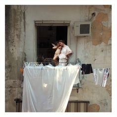 Angeli e sigarette di contrabbando: i collage digitali di una Napoli improbabile | The Creators Project
