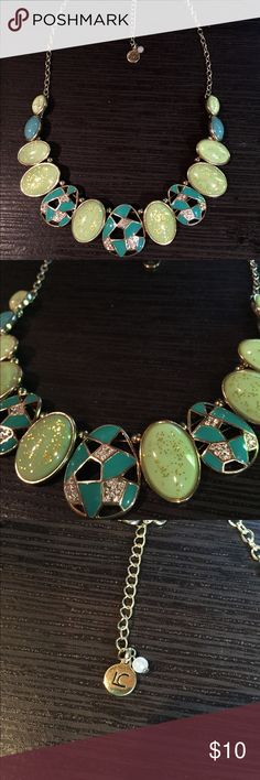 Liz Claiborne Turquoise and Green Necklace Turquoise and Green necklace with flecks of gold and white gems Liz Claiborne Jewelry Necklaces
