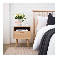 Bedside table with drawer brosa ethan square side table interior secrets cf Wooden Bedside Table, Bedside Tables, Bedside Table Styling, Bedside Table Decor, Side Tables Bedroom, Square Side Table, Night Table, Oak Color, New Room