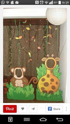monkey & giraffe stand alone