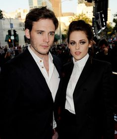 "Kristen Stewart Sam Claflin Photos - Screening Of Universal Pictures' ""Snow White And The Huntsman"" - Zimbio"