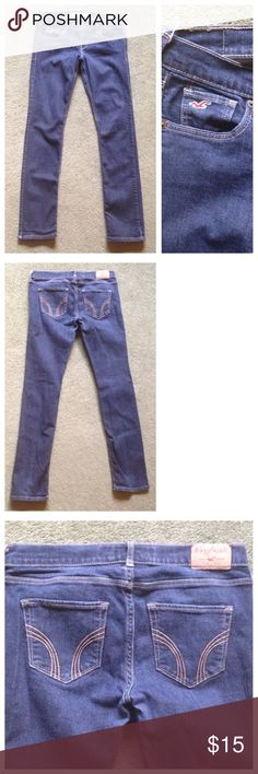 "Hollister Size 5S Skinny Blue Jeans Excellent condition; Across waist - 15"", Front rise - 8"", Inseam - 29"", Leg opening - 6""; Cotton, Elastane Hollister Jeans Skinny"