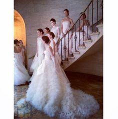 Brides http://www.vogue.fr/mode/inspirations/diaporama/10-instagram-special-mariage/18594/image/997557