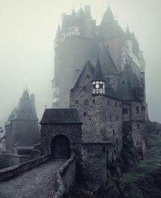 Instagram.com Eltz Castle, Germany | Photography by @kilianschoenberger»