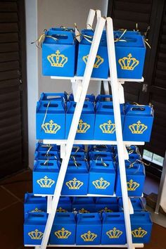 The party favor boxes at this Royal Prince Birthday Party are so cute! See more party ideas and share yours at CatchMyPa Prince Birthday Theme, Baby Boy 1st Birthday Party, Mickey Birthday, Prince Party Favors, Royalty Baby Shower, Boy Decor, Baby Boy Shower, Royal Prince, Favor Boxes