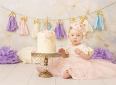 Gorgeous Ivory and pink satin flowers, surrounding a soft padded gold unicorn horn! With beautiful crochet lace, glitter tulle, and pearl strands for embellishments! On glitter gold elastic. Newborn (0-6 month) 13 Baby (6-12 month) 15 Toddler- child 16 Adult 18  Please message us for any custom requests! We can do whatever colors you want! Horn is approx 5 tall  Perfect for unicorn lovers! This piece would be fun for a photoshoot, or a birthday party  Each item is handmade to order, please…