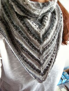 Hennin, Knitted Shawls, Scarves, Knitting, Sweaters, Crafts, Fashion, Tricot, Scarfs