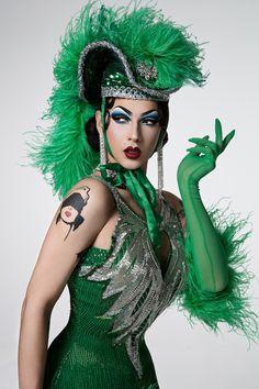 Drag Queens from RuPaul's Drag Race list Drag Queens, Drag Queen Makeup, Drag Makeup, Drag Queen Outfits, Rupaul Drag Queen, Violet Chachki, Adore Delano, Photographie Portrait Inspiration, Crossdressers