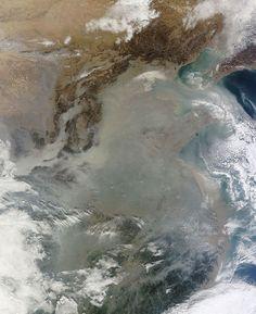 Bruma y Smog, contaminación sobre China desde el espacio, ver fotos de satélite