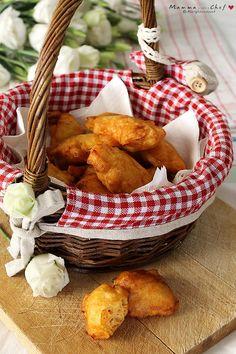 Le frittelle di zucca sono un delizioso e veloce finger food. Con pochi ingredienti e in pochissimo tempo, avrete un antipasto sfizioso che piace a tutti! Antipasto, Quiche, Wicker Baskets, Finger Foods, Stuffed Mushrooms, Vegetables, Recipes, Stuff Mushrooms, Finger Food