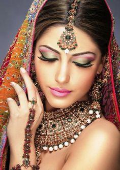 Eye Makeup Smashing Collection