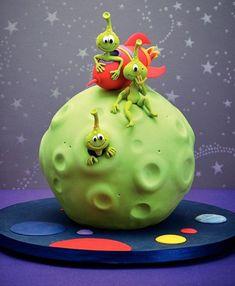 Cute Cakes for Children, by Debbie Brown Crazy Cakes, Fondant Cakes, Cupcake Cakes, Bolo Original, Alien Cake, Debbie Brown, Funny Cake, Novelty Cakes, Cakes For Boys