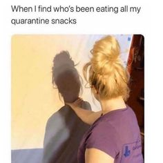 Collection of Funniest Coronavirus Memes And Jokes to fight with this pandemic and kill Quaratine time. Best Funny And Dank Memes to Laugh Stupid Funny Memes, Funny Relatable Memes, Haha Funny, Funny Cute, Funny Posts, Bruh Meme, Fuuny Memes, Funny Shit, Funny Stuff