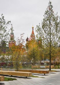 Moscow's Zaryadye Park Sees More Than One Million Visitors in Less Than A Month,© María González #landscapearchitecturecourtyard
