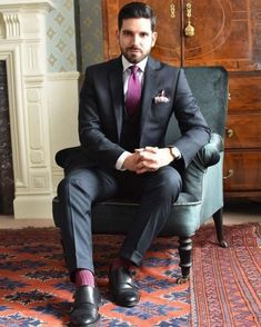 """Suit and tie fixation - """"Dressing well is a form of good manners. Formal Suits, Men Formal, Formal Wear, Casual Wear, Three Piece Suit, 3 Piece Suits, Mens Fashion Wear, Suit Fashion, Sharp Dressed Man"""