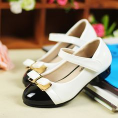Retail!2014 new Arrival!Girls' spring autumn white and black color low heel shoes,children's shoes $34.00
