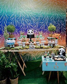50 Ideias para Festa Panda Panda Birthday Cake, Panda Baby Showers, Party Time, Oriental, Birthday Parties, Table Decorations, 36, Babyshower, Panda Birthday