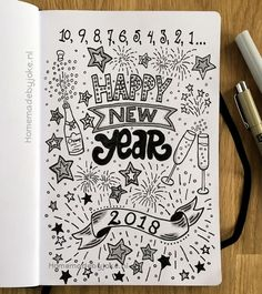 Handlettering - Happy New Year - Homemade by Joke Handlettering en journaling / Happy New Year / Gelukkig nieuwjaar Bullet Journal Jour, December Bullet Journal, Bullet Journal Cover Page, Bullet Journal Ideas Pages, Bullet Journal Spread, Bullet Journal Layout, Bullet Journal Inspiration, New Year Doodle, New Year Art