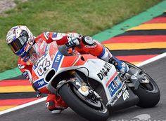 Blog Esportivo do Suíço: Dovizioso lidera sexta-feira na Alemanha; Rossi quebra
